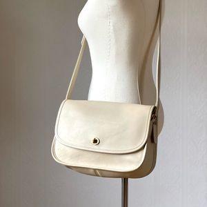 Vintage Classic Coach Leather Shoulder Bag 1990s